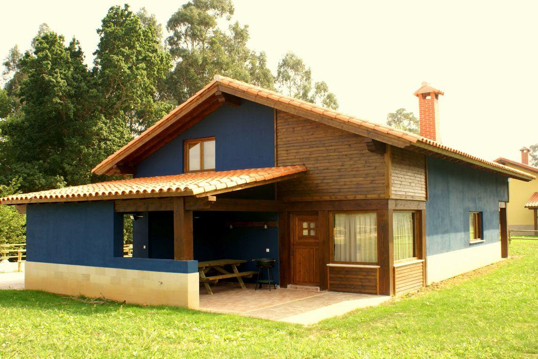 Casa con estructura mixta de madera y bloque de termoarcilla